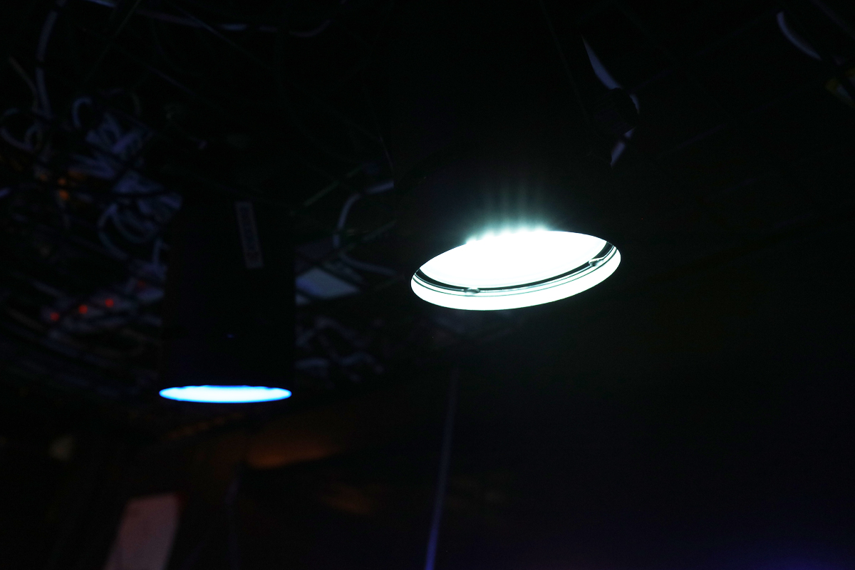 人間にも優しい照明